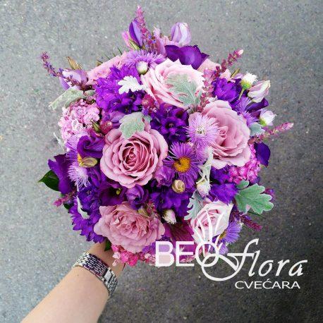 Bidermajer beoflora lila ton ruze lizijantusi